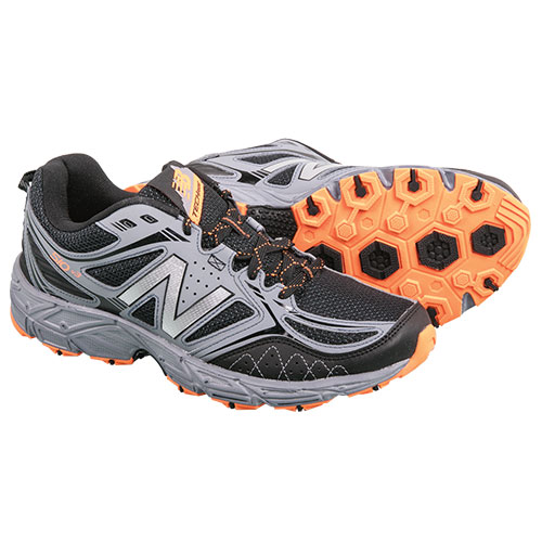 New Balance Men's Grey & Black Trail Running Shoes