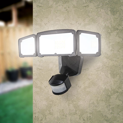 Luxworx LXS1500A Triple Head Solar Light