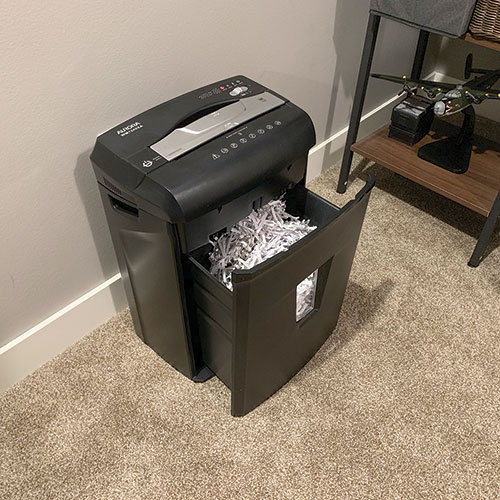 Aurora 12 Sheet Crosscut Shredder