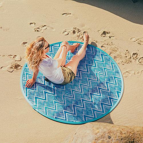 Oniva Blue Chevron Pop-Up Beach Blanket