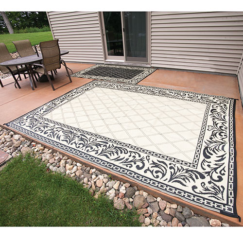 Caribou Creek Black & Tan JD-0811 Outdoor Rug - 5 x 8'