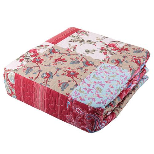 Red Quilt Set