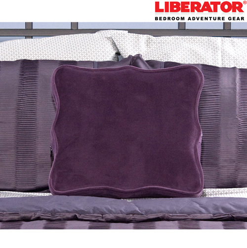 Liberator Decor Wedge