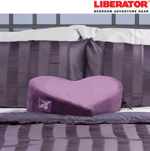 Liberator Décor Heart Wedge